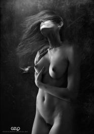 Art Work: Gonzalo Villar - Photos models: Adrian