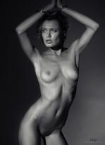 Photocreation: Gonzalo Villar – Model: Oksana Chucha