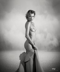 Photocreation: Gonzalo Villar Model: Oksana Chucha - Photo: Manuel Torres