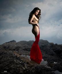 Ref: GZLo - 801. Top: 50cm x 70cm - Art Work: Gonzalo Villar - Model: Kristina Yakimova - Photo of model: Oxana Oleynichenko