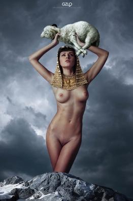 Photocreation: Gonzalo villar - Model: Olga Alberti - Photo of model: Arkady Kozlovsky